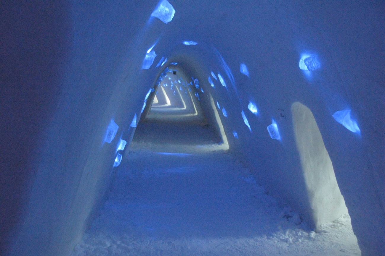 Snow Hotel Finland Amazing Hotel Build With Ice Every Year