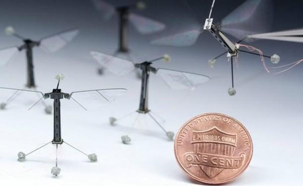 Smallest flying robot