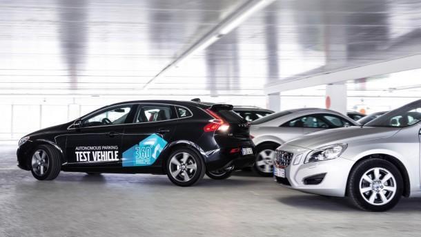 Volvo Self parking car 5