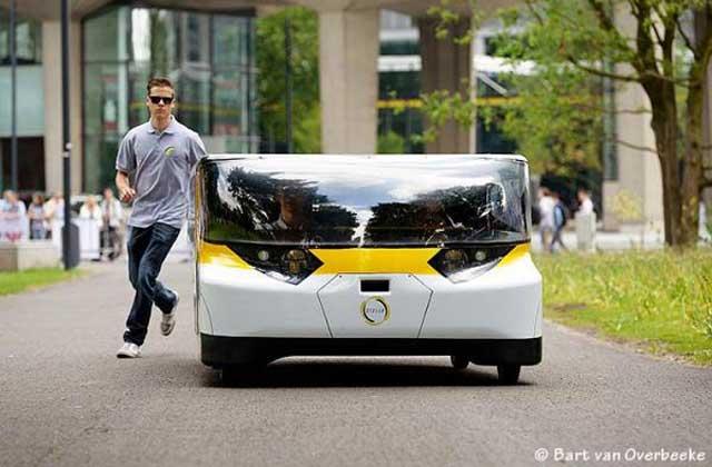 stella-solar-car-2