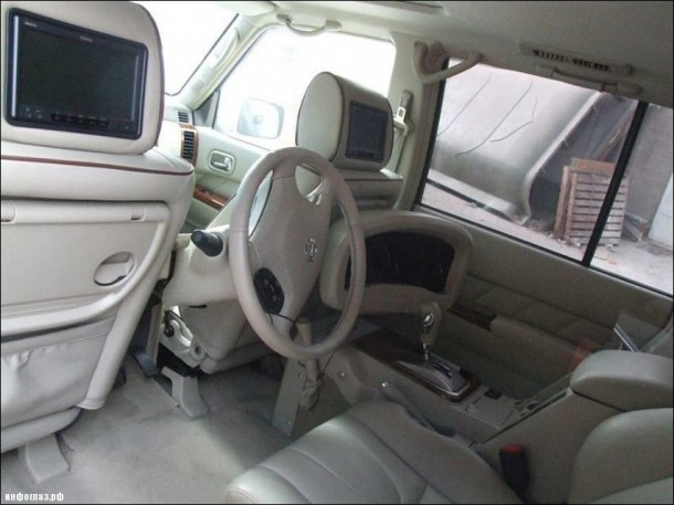 Dubai Never Fails to Surprise – Customized Car 5