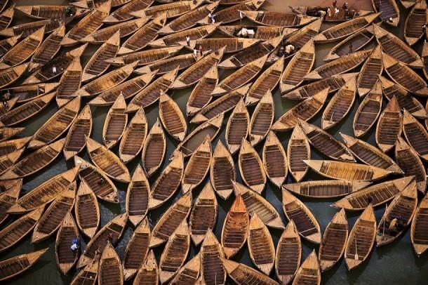 """21. """"Sand Digger"""" in Kalaban Koro, Bamako, Mali."""