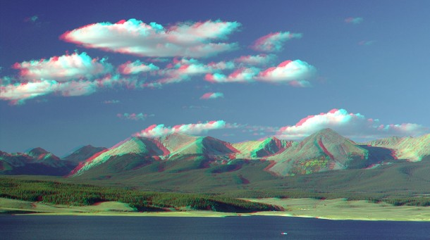 3D-image-anaglyph-mountains