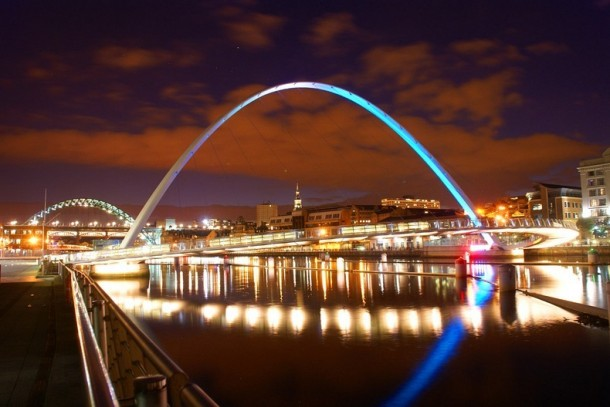 Engineering at Its Best - The Gateshead Millennium Bridge 7