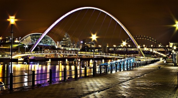 Engineering at Its Best - The Gateshead Millennium Bridge 8