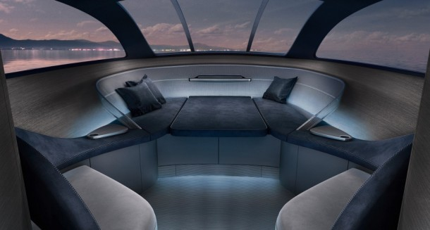 Mercedes Arrow 460 Yacht 2