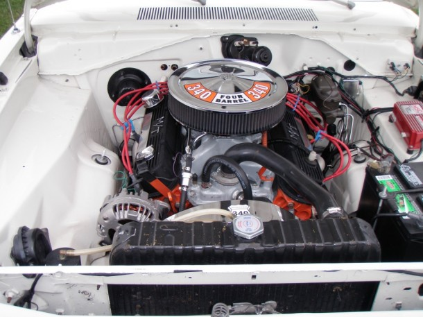 Muscle car engine 03