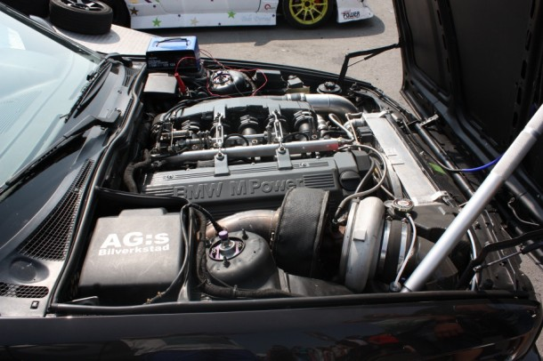 Muscle car engine 17