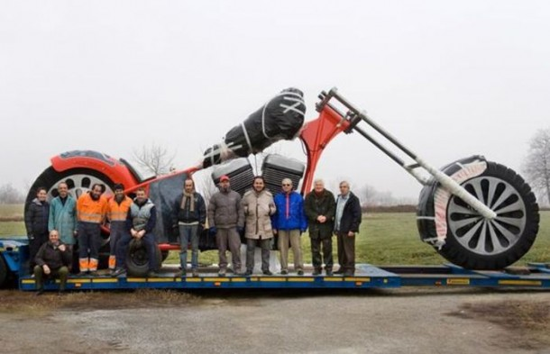 XXL-Chopper-by-Regio-Design-is-Worlds-Biggest-Motorcycle-1
