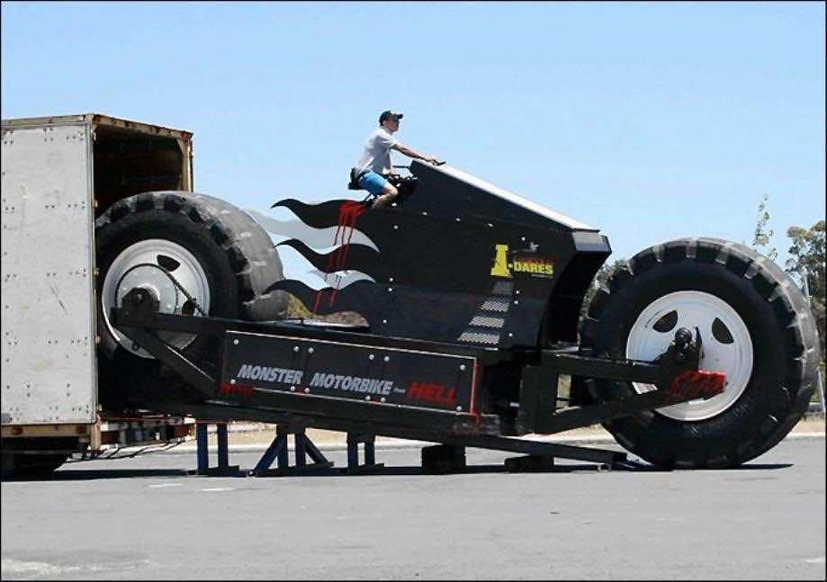 biggest engine truck - photo #16