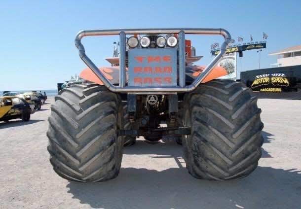 monster trucks453