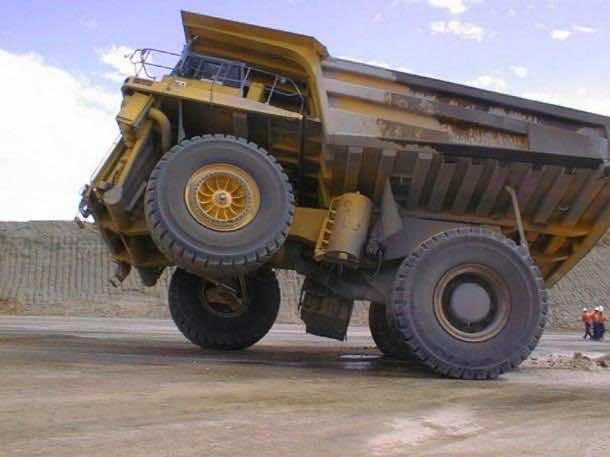 monster trucks90