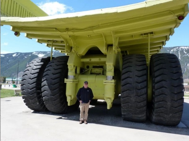 monster trucks902