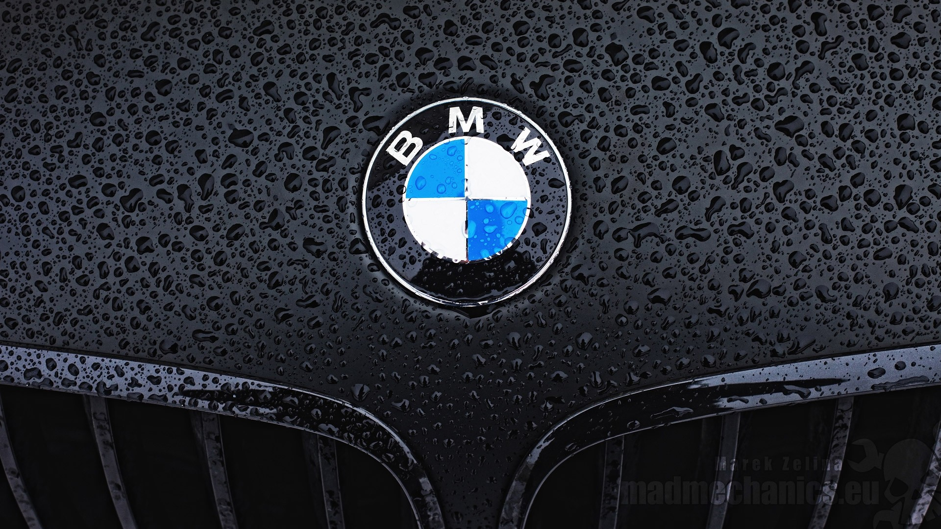 bmw logo wallpaper. Black Bedroom Furniture Sets. Home Design Ideas