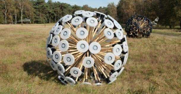 Mine Kafon - Wind Powered Landmine Detector 2