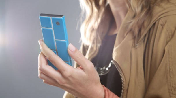 Motorola's take on Phonebloks - Project Ara