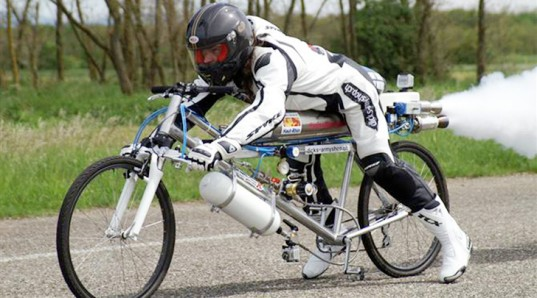 This Rocket Powered Bicycle Can Do 280 Km/Hr