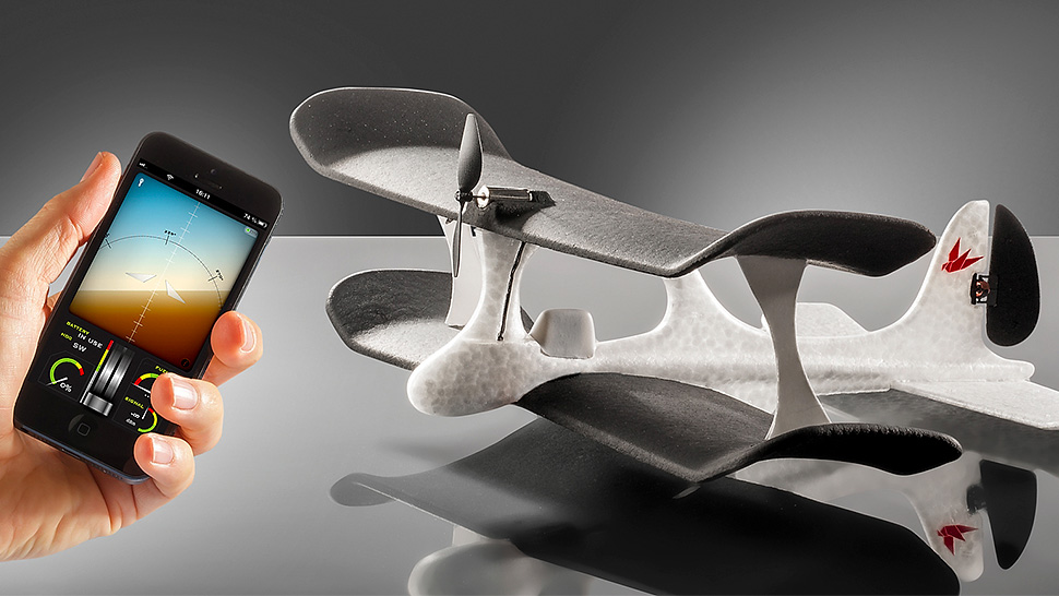 Smart-Plane makes use of iOS Device for its Flight 4