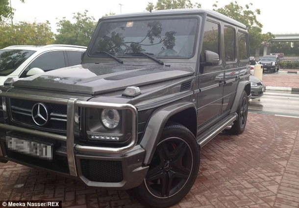 27 Mercedes G Wagon