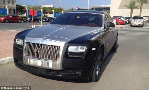 28 Rolls Royce