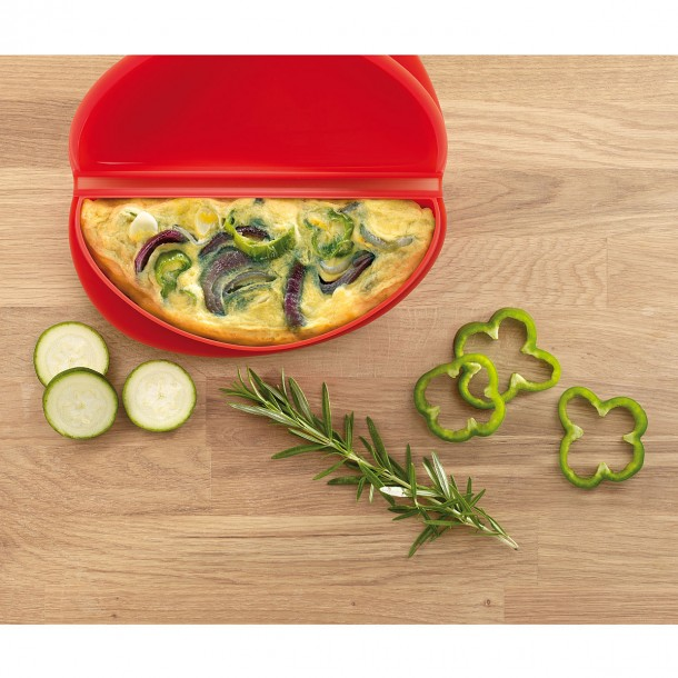 4. Microwave Omelet Cooker