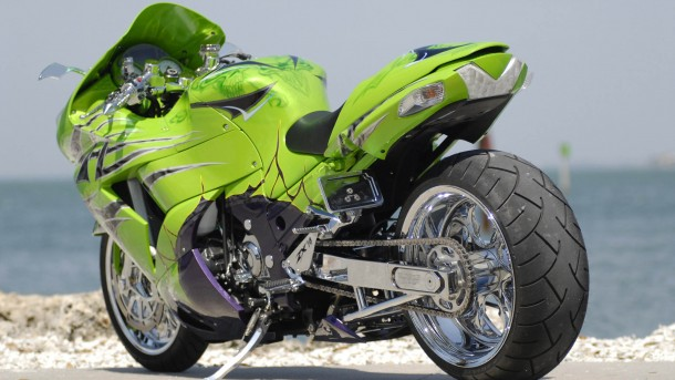 HD motorcycle wallpaper 12
