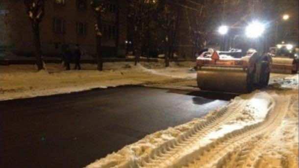 Laying Asphalt on Snow
