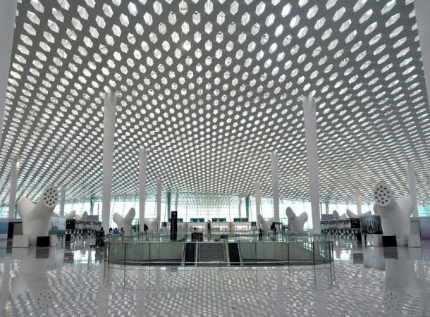 Out of this World Airport Terminal – China Strikes Again (6)