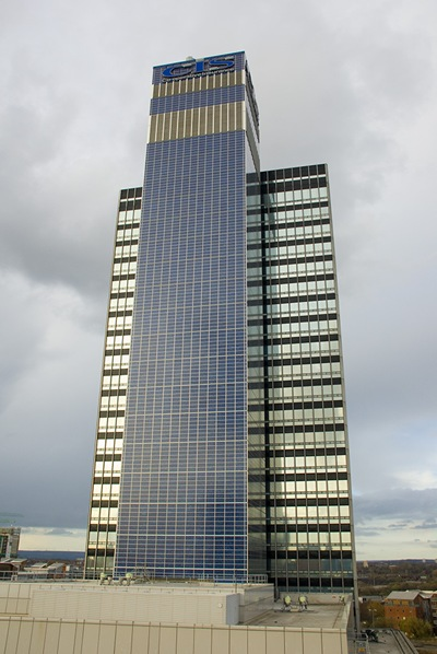 World S First Skyscraper That Is Covered With Solar Panels