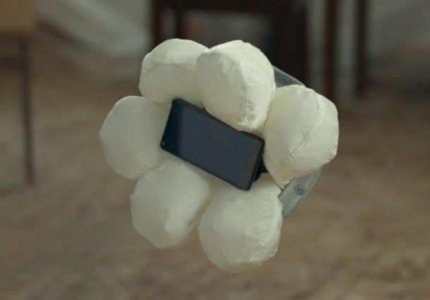 honda_smartphone_airbag (5)