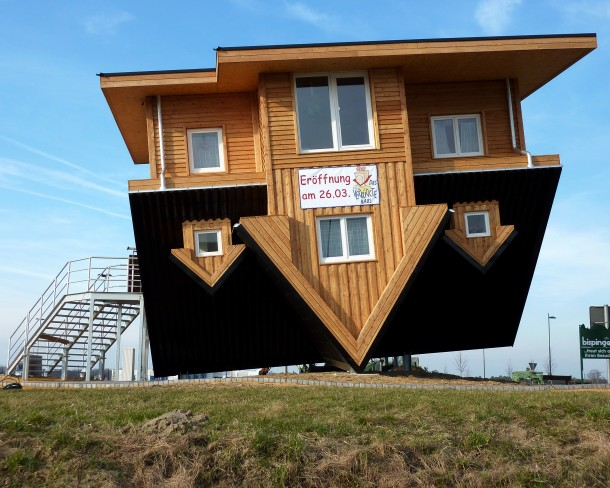 upside_down_house_Germany (8)