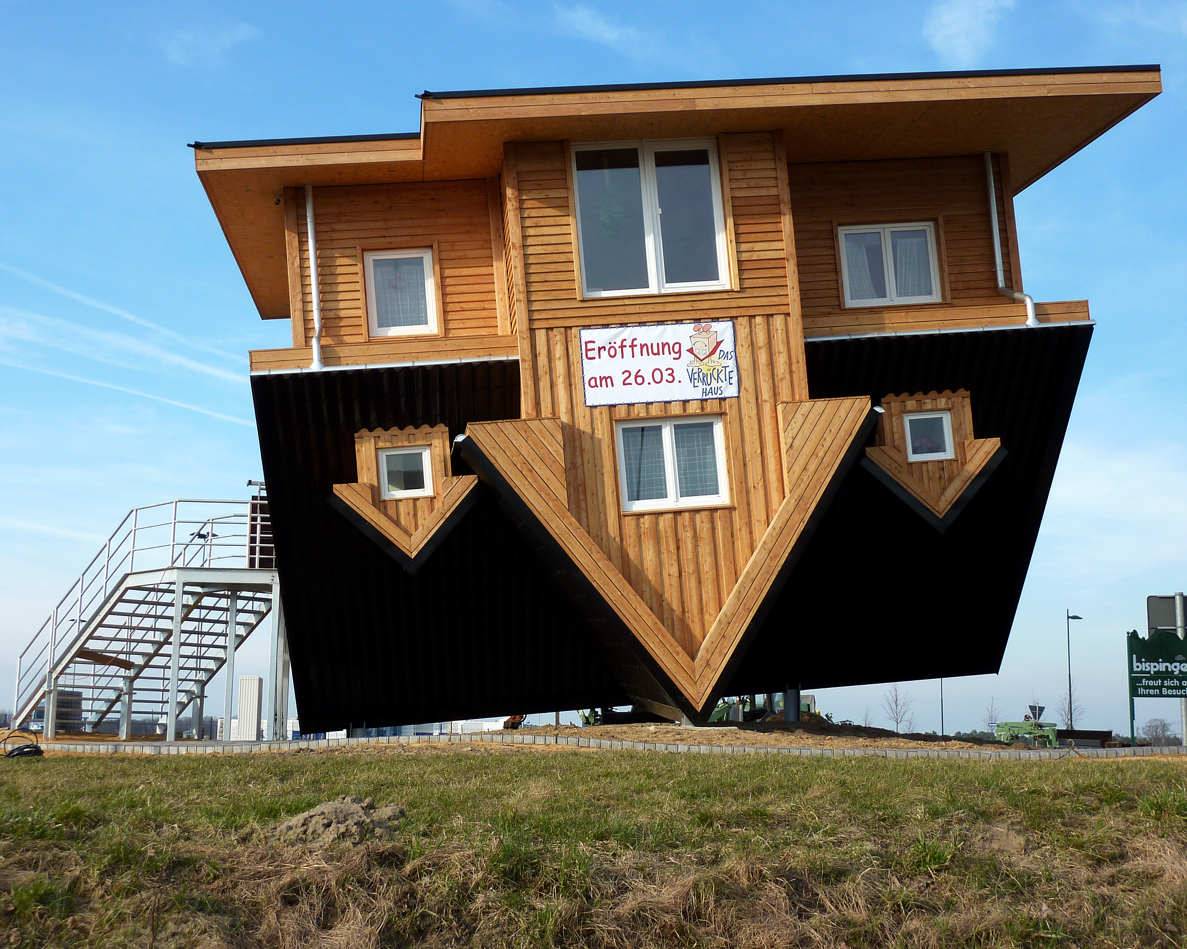 The amazing house in germany that is upside down for Construction architect