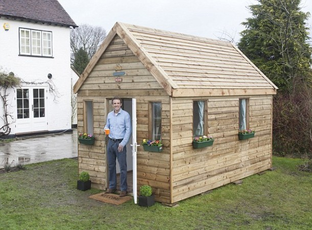 This small boxed house kit lets you build your own home in Build own house