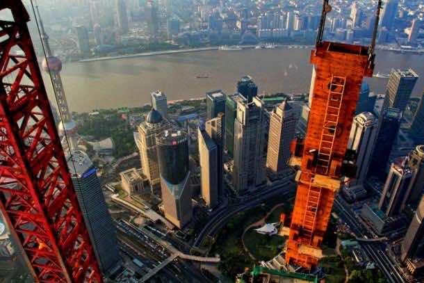 shanghai crane operator
