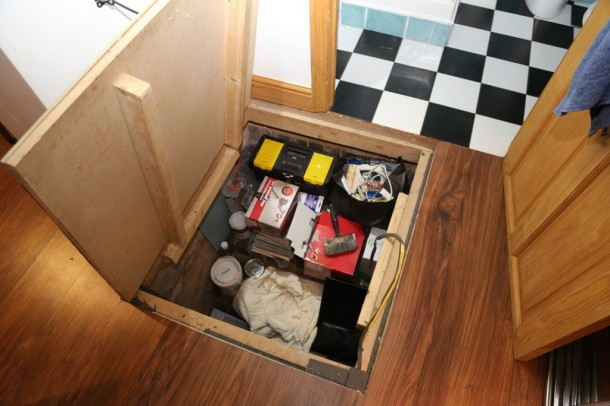 17. Hidden storage rooms keeps messes where they should be...HIDDEN!