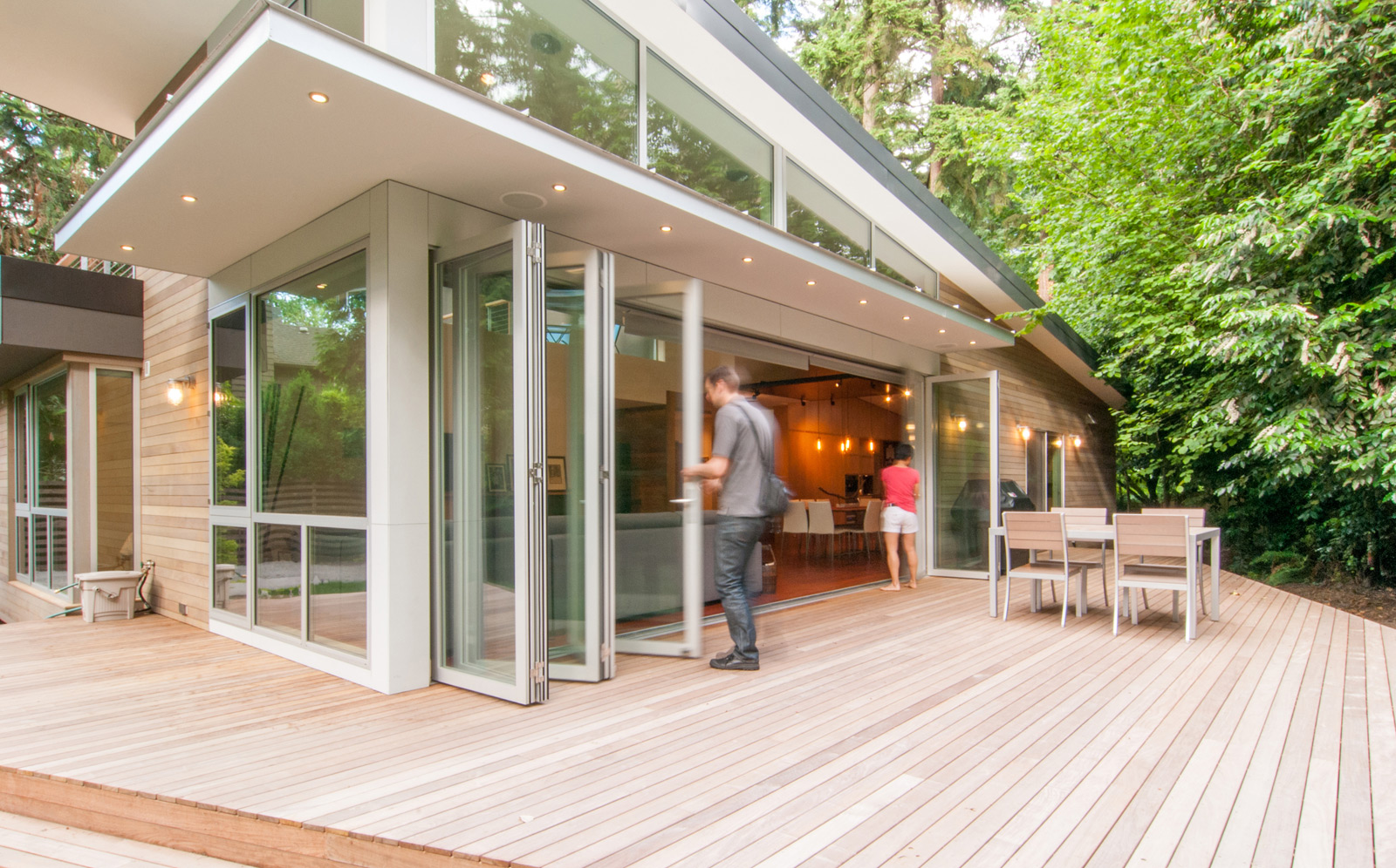 Making Accordion Glass Doors : 27. Accordion glass windows and doors make you feel like you're ...