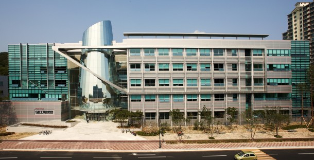 6. Pohang University of Science and Technology