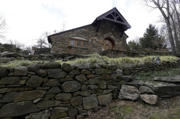 Hobbit house 12