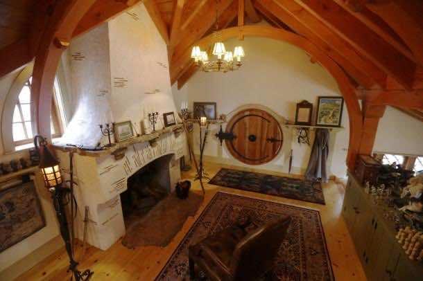 Hobbit house 8