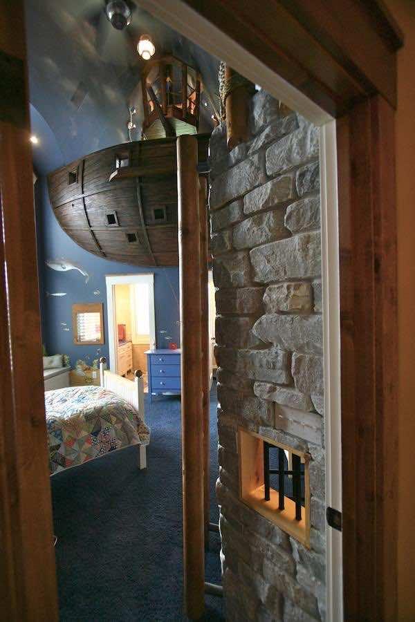 pirate-ship-bedroom2