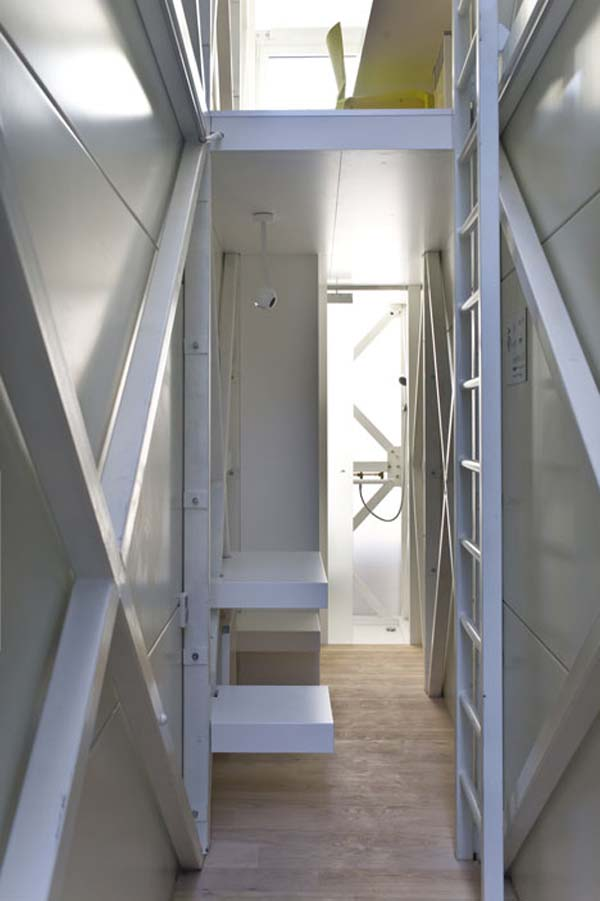 worlds_narrowest_house (7)
