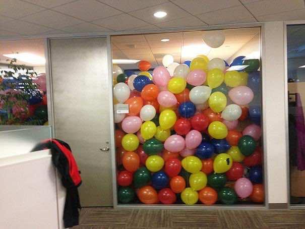 12. Balloon Office