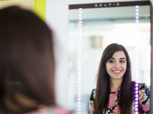 Selfie Mirror 2