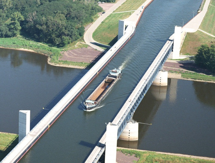 magdeburg-water-bridge