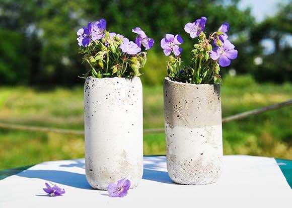 14. Vases
