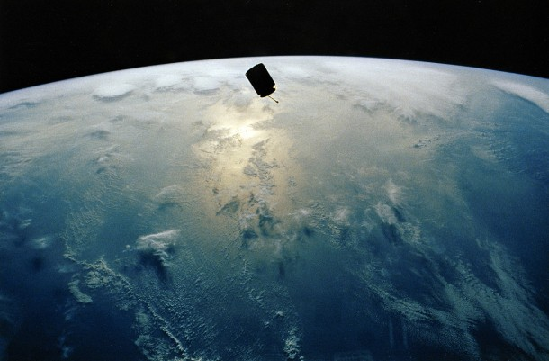 3. Satellite caught with bare hands
