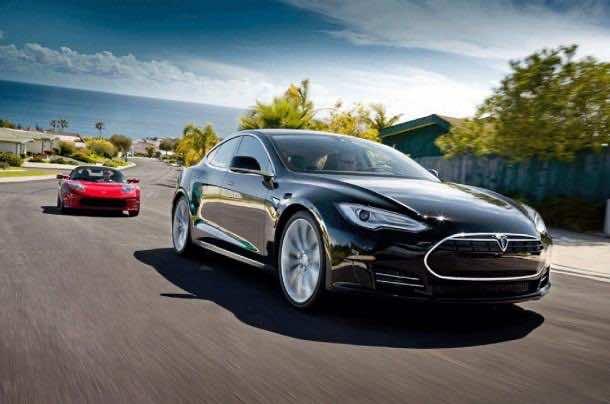 Tesla-R-and-Tesla-S_web
