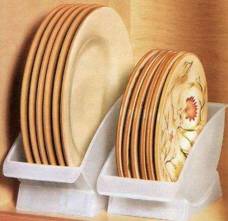 18. Dinner Plate Cradles