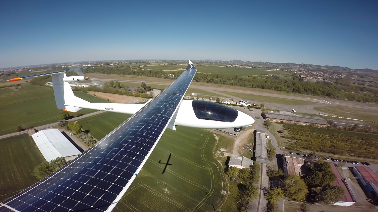 World S First Fully Solar Powered Plane Takes Flight With