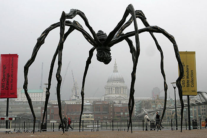 Spider-Scuplture